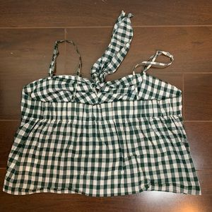 Club Monaco Tops - Club Monaco Strappy Gingham Tank Top 💚